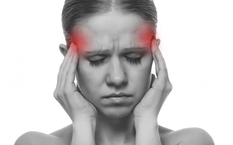 øm i hele kroppen og hovedpine