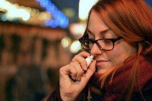 Hovedpine-næsespray-lindring